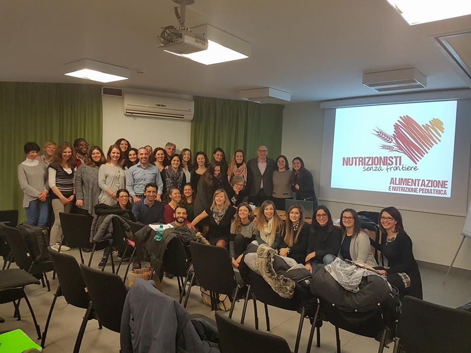 I partecipanti al corso di Nutrizionisti Senza Frontiere